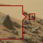 Bizarre Mars photos: Signs of life, or signs the Internet has lost its mind?